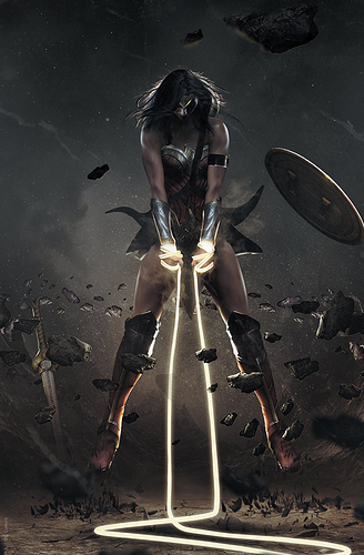 wonder-woman-750-Planet-Awesome-Collectibles-Bosslogic-Variant-Cover-B