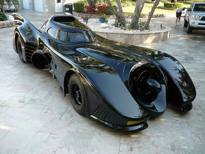actual-batmobile-from-1992-batman-returns-up-for-auction---0