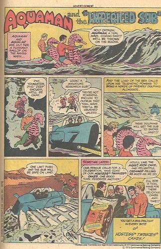 AquamanHostess1