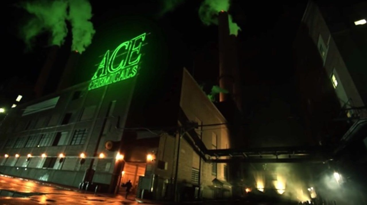gotham-ace-chemicals-sneak-preview-1158568-1280x0.jpeg