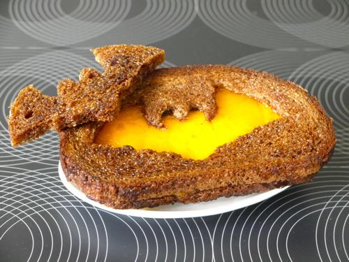 Spookie-Grilled-Cheese.jpg