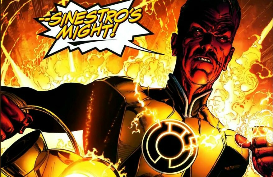 sinestro-with-yellow-battery1~3