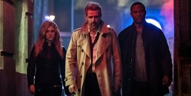 its-honestly-amazing-how-constantine-has-survived-into-the-arrowverse-despite-his-show-lasting-just