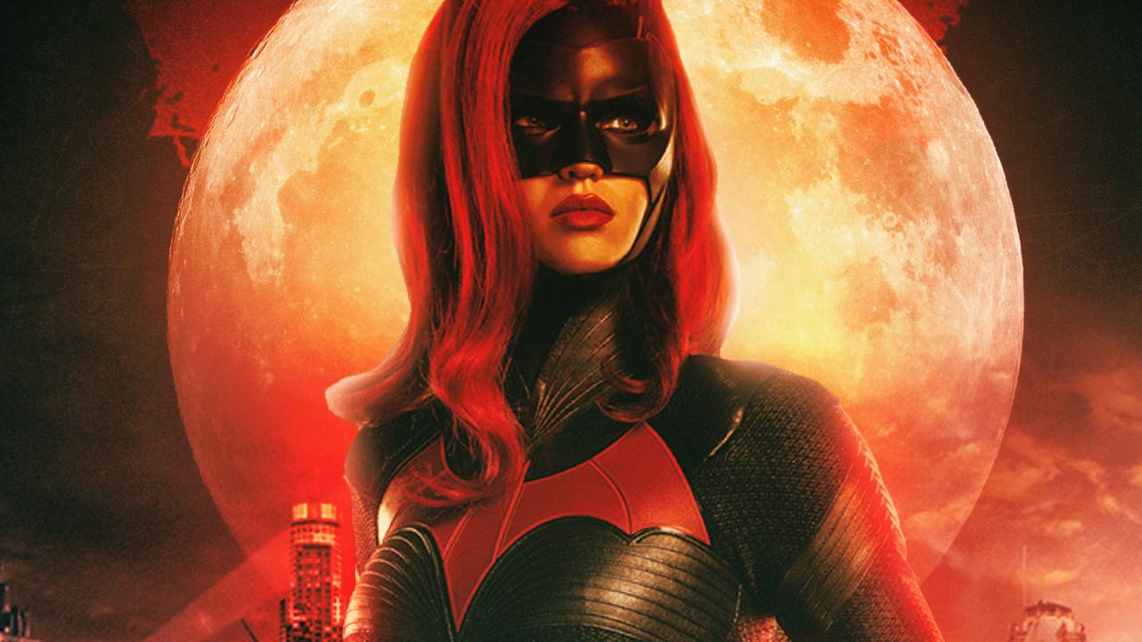 cw-ruby-rose-as-batwoman-tw.jpg