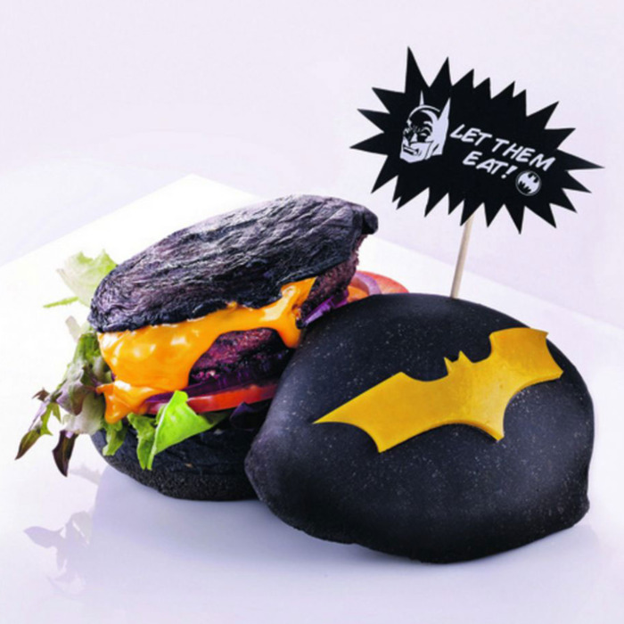 18-batman-burger-w700-h700.jpg