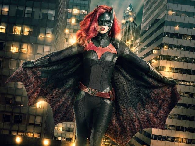 7f137f81-f4dd-4000-a4e1-ecbbda4698dd-CW_Batwoman_1stLook_V5.jpg