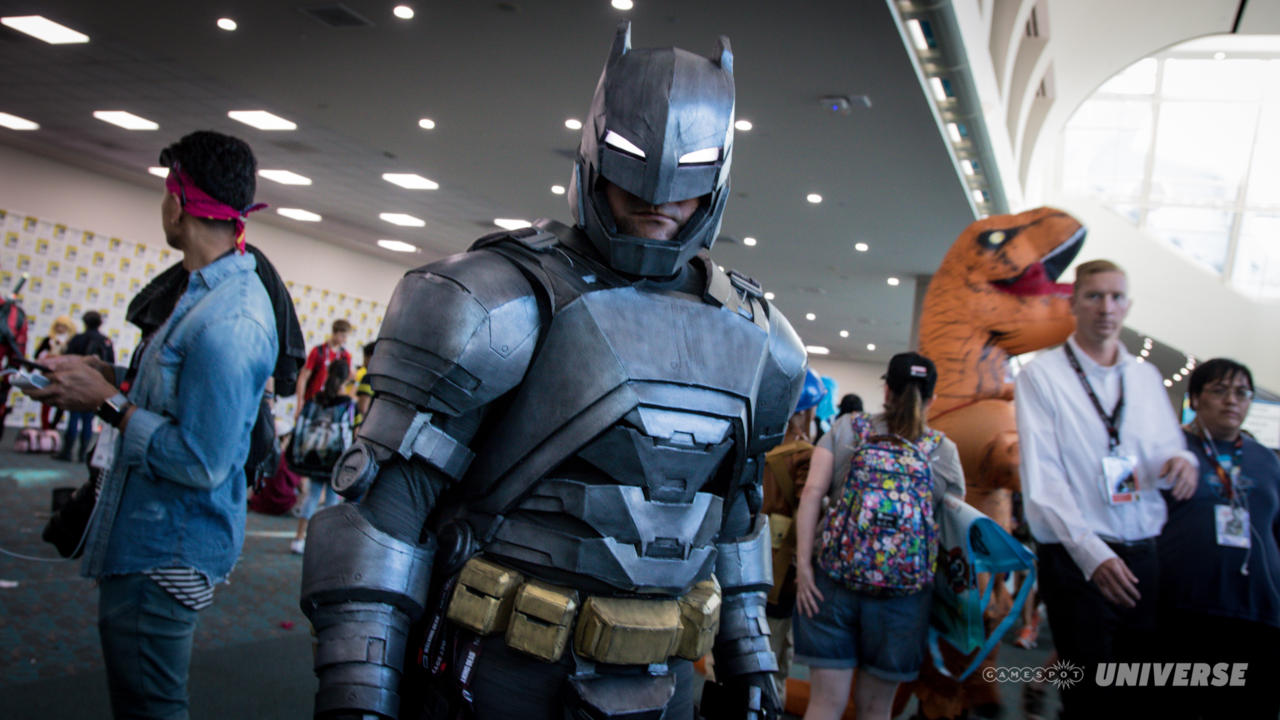 3264351-sdcc-2017-dc-cosplay-5002